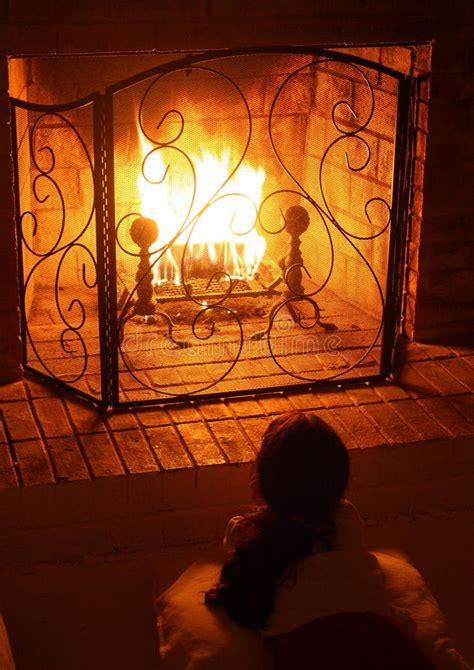 fuoco nel camino un fuoco nel camino immagine stock immagine di