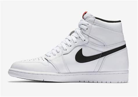 Sepatu Nike Air 1 Og High Chicago Premium Quality air 1 retro high og quot premium essentials quot air