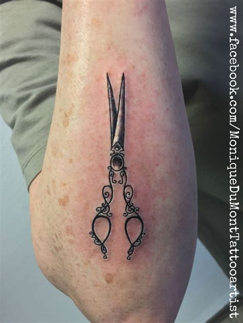scissor tattoo best 25 scissors ideas on scissor