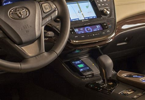 the new 2013 toyota avalon comes with a qi charger pad