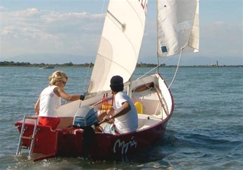 argie  plywood sailing dinghy