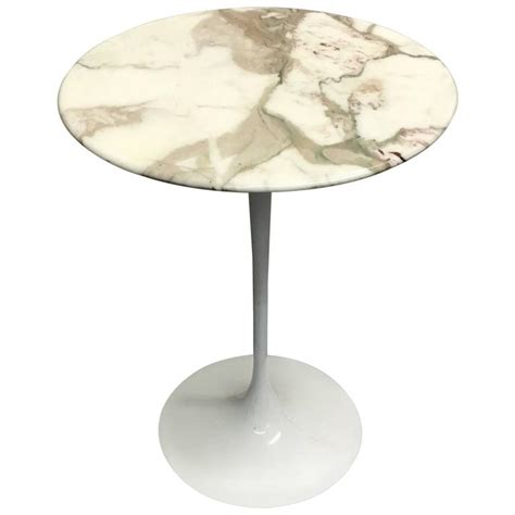 Early Eero Saarinen For Knoll Oval Tulip Side Eero Saarinen For Knoll Tulip Side Table In Marble For
