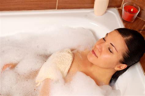 Bathtub Bubble Mat Pregnancy Calendar Day 195