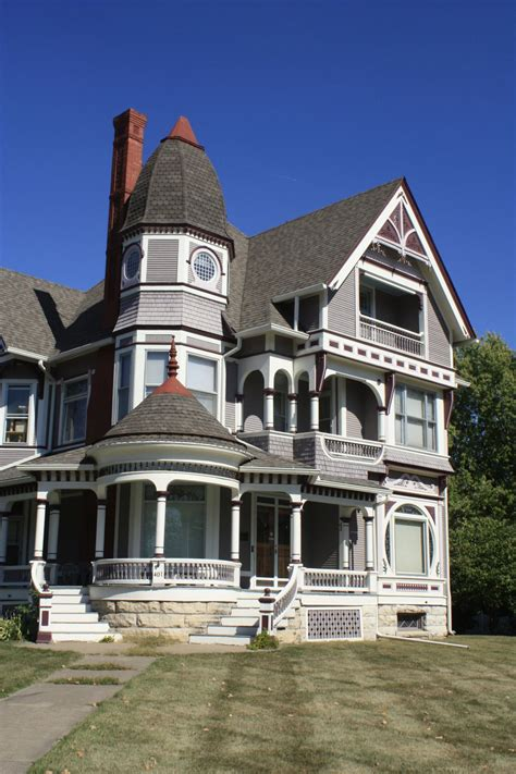 queen anne style stunning queen anne style house fairfield iowa st