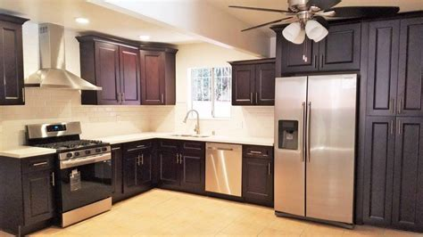 Peppercorn Kitchen by Peppercorn Lesso Cabinets