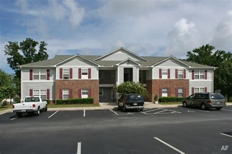 Two Bedroom Apartments In Greenville Nc by Paladin Apartments Greenville Nc Apartment Finder