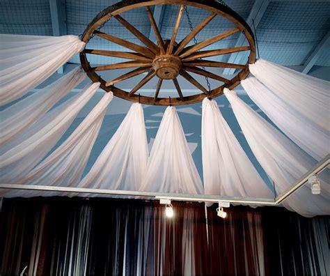 1000 ideas about wagon wheel chandelier on