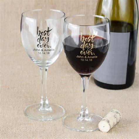 Wedding Gift Wine Glasses by Wedding Favors Personalized Wine Glasses A Wedding
