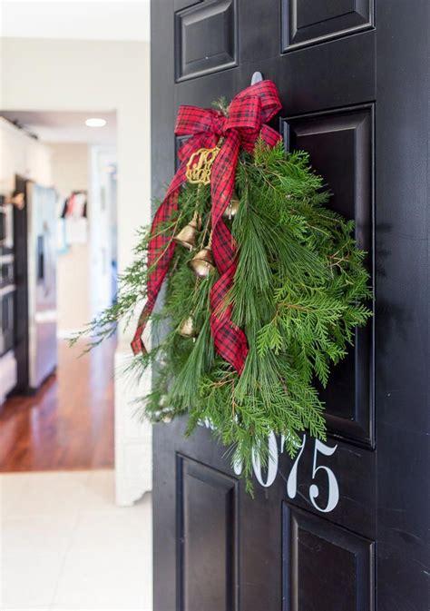 evergreen holiday door swaga beautiful festive