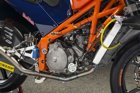 telaio a traliccio prova ktm rc 250 gp moto3