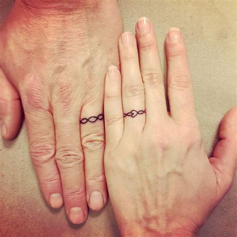 tatouage alliance couple id 233 es originales pour 233 terniser
