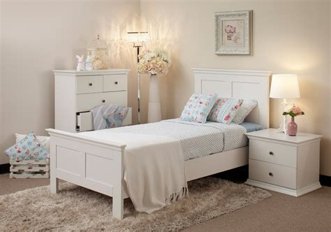 Decorating Ideas For A Bedroom With White Furniture White Bedroom Design Ideas Collection For Your Home
