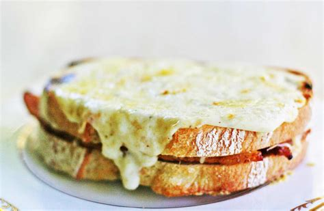 croque monsieur ham and cheese sandwich recipe