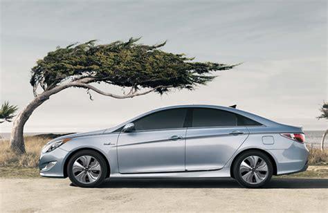 Hyundai Sonata Msrp by 2013 Hyundai Sonata Hybrid Gets Bigger Better Battery