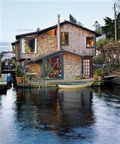 sausalito boat house fabulous floating homes on pinterest floating homes houseboats and floating house
