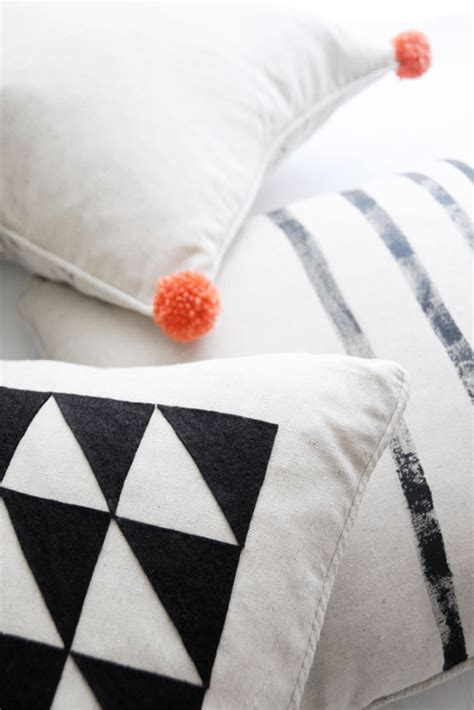 Pillow Designs Diy by Simple Pillow Designs You Can Create And Customize Yourself