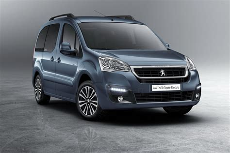 peugeot partner 2017 peugeot partner tepee 2017 une version 100 233 lectrique