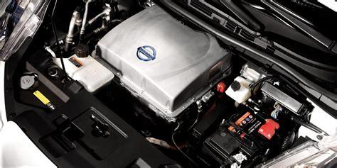 nissan leaf electric car hatchback nissan