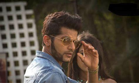 film india qobool hai karanvir bohra aka aahil quits zee tv s show qubool hai