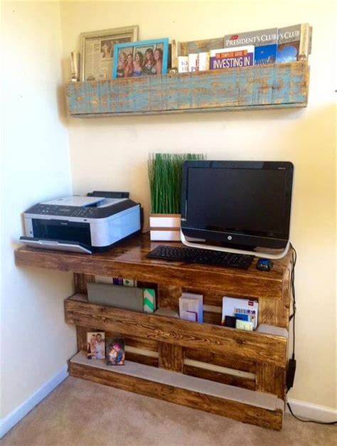 diy wall mounted desk diy upcycled pallet wall computer desk 101 pallets