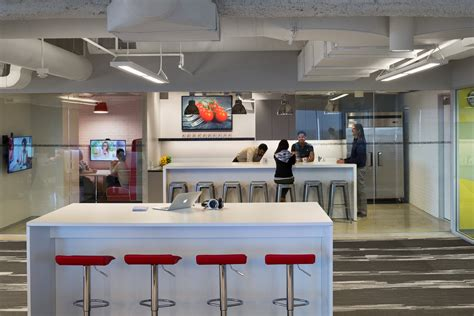 The Kitchen Open Table A Look Inside Opentable S Los Angeles Office Officelovin