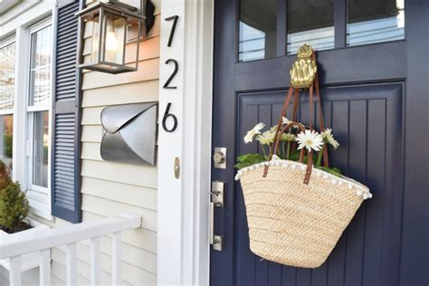 Friday Favorites Starts With The Front Door Nesting With Front Door Hanging
