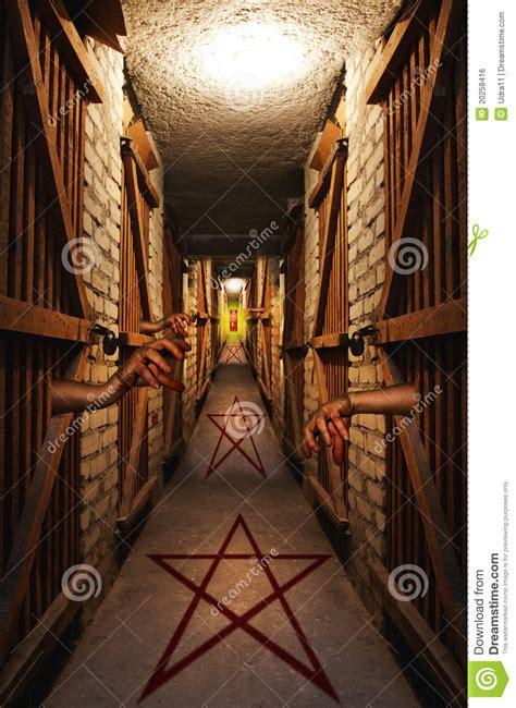 chemin vers l enfer image libre de droits image 20258416