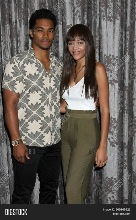 the bold and beautiful fan event los angeles aug 20 rome flynn image photo bigstock