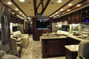 Can Corian Be Polished Winnebago Debuts 2013 Lineup To Dealer Body Rv Business