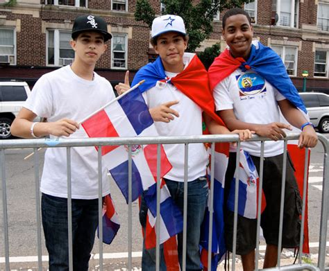 dominicans celebrate  heritage bronx times