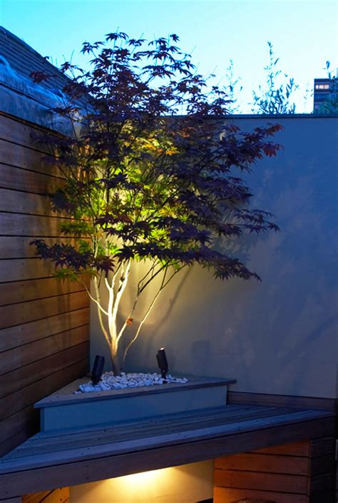 Small Garden Lighting Ideas 38 Innovative Outdoor Lighting Ideas For Your Garden