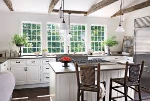 Decorating Ideas For Kitchens With White Cabinets by White Kitchens Pictures Of White Kitchen Ideas