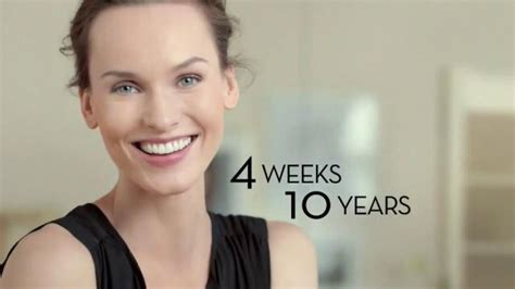 olay ageless commercial actress who is the actress in the olay regenerist commercial