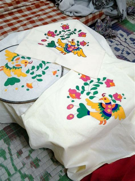 How To Design Pillow Covers - fabric painting on pillow cover fabric paintings