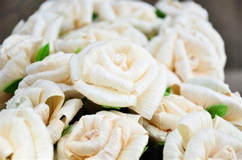 tutorial membuat bunga dari kertas jagung bunga dari kulit jagung mawar kerajinantangankita com