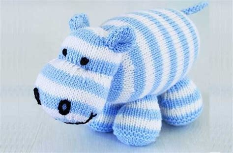 free charity knitting patterns uk 25 best ideas about free knitting patterns uk on