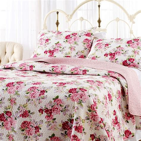Lidia Quilt Set by Pin By Gerster On Floral Bedding