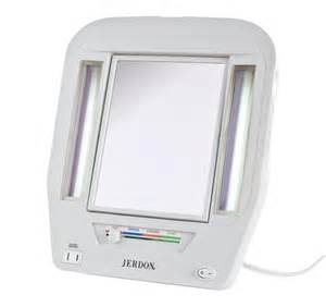 jerdon jgl7w lighted mirror with 5x