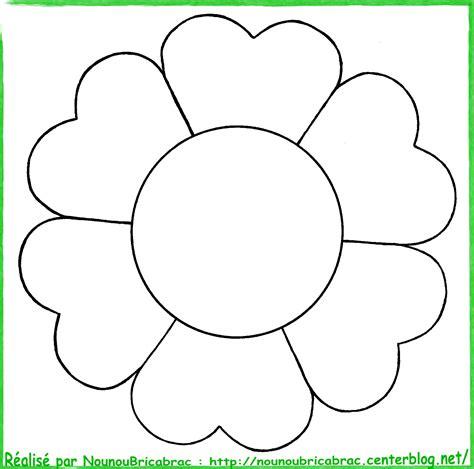 Titi Avec Une Fleur 224 Colorier Dessins Titi A Colorier