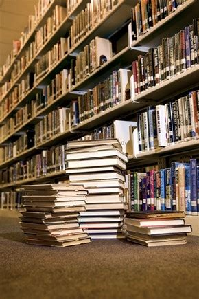 libreria centro commerciale roma est il ladro 171 intellettuale 187 da record28 libri rubati in un colpo
