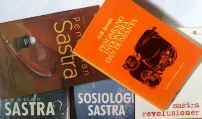 Buku Novel Benang Merah indonesia sastra bg buku