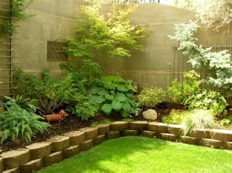 Backyard Flower Bed Ideas 10 Eye Catching Flower Beds To Tantalize Page 2 Of 4 Serenity Secret Garden