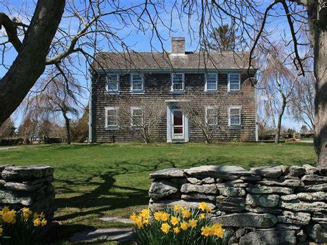 little compton vacation rental vrbo 674088 3 br ri charming 18th century farmhouse near homeaway little