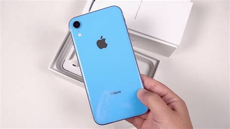 iphone xr unboxing impressions an interesting compromise
