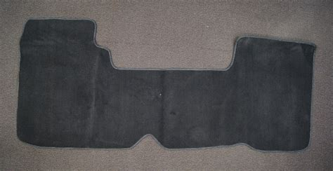 ford   floor mat pc black carpet  automatic wd wconsole