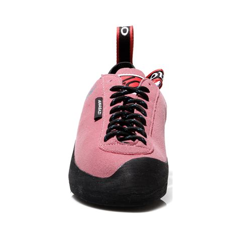 pink rock climbing shoes pink rock climbing shoes 28 images pink s rock