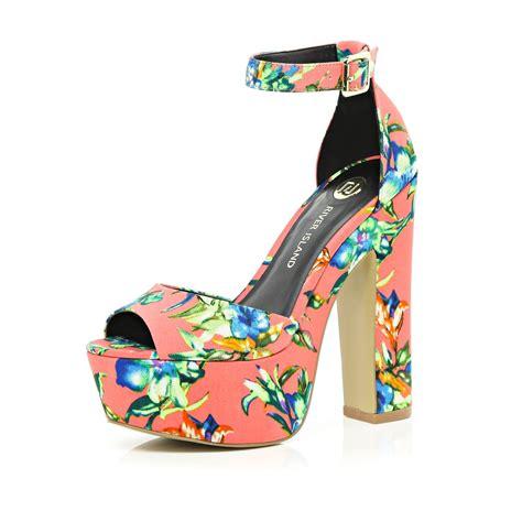river island orange floral peep toe platform sandals in