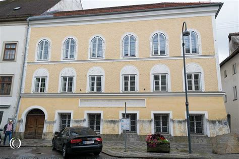 hitlers house adolf hitler s birthplace in braunau am inn austria landmarkscout