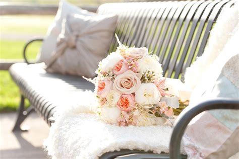 fiori shabby matrimonio shabby chic consigli per la cerimonia in stile