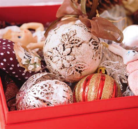 homemade christmas tree ornaments  easy diy ideas